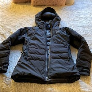 Like new REI waterproof puffer